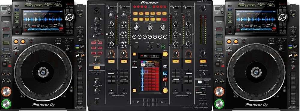 Set PIONEER 2 x CDJ-2000 NXS2 + DJM-2000 NXS